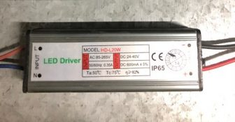 DRIVER PER PROIETTORE A LED SERIE FLEP 20W - GIGRA LINE R-FLD20