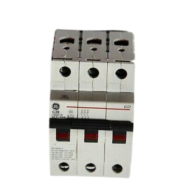 Interruttore Automatico Magnetico 3 Poli D20 6000K - COD. HERD566615