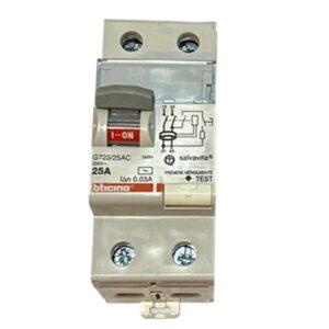 Interruttore differenziale puro Salvavita 0,03 AC4P 25A - BTICINO LEGRAND G745/25AC